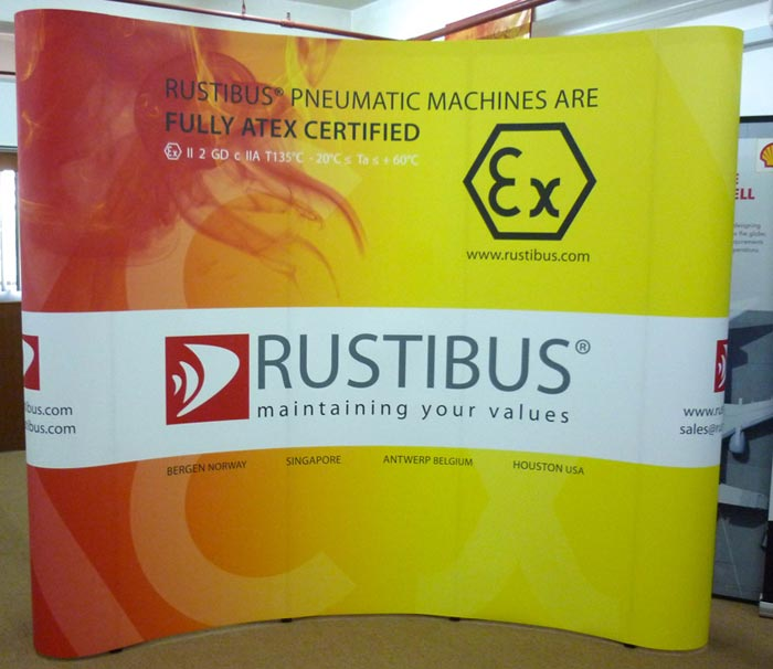 Pop Up Stand 3x3 (3 Curved) - Rustibus