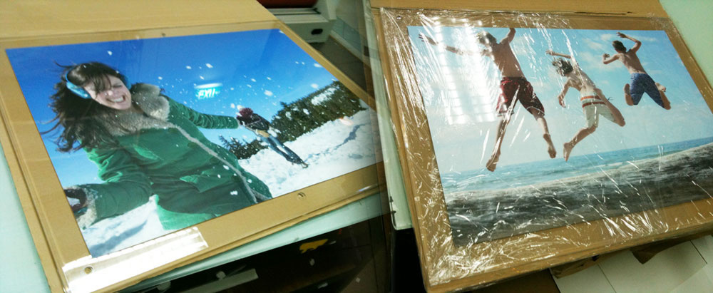 Frame a Poster with Acrylic Sandwich Frames